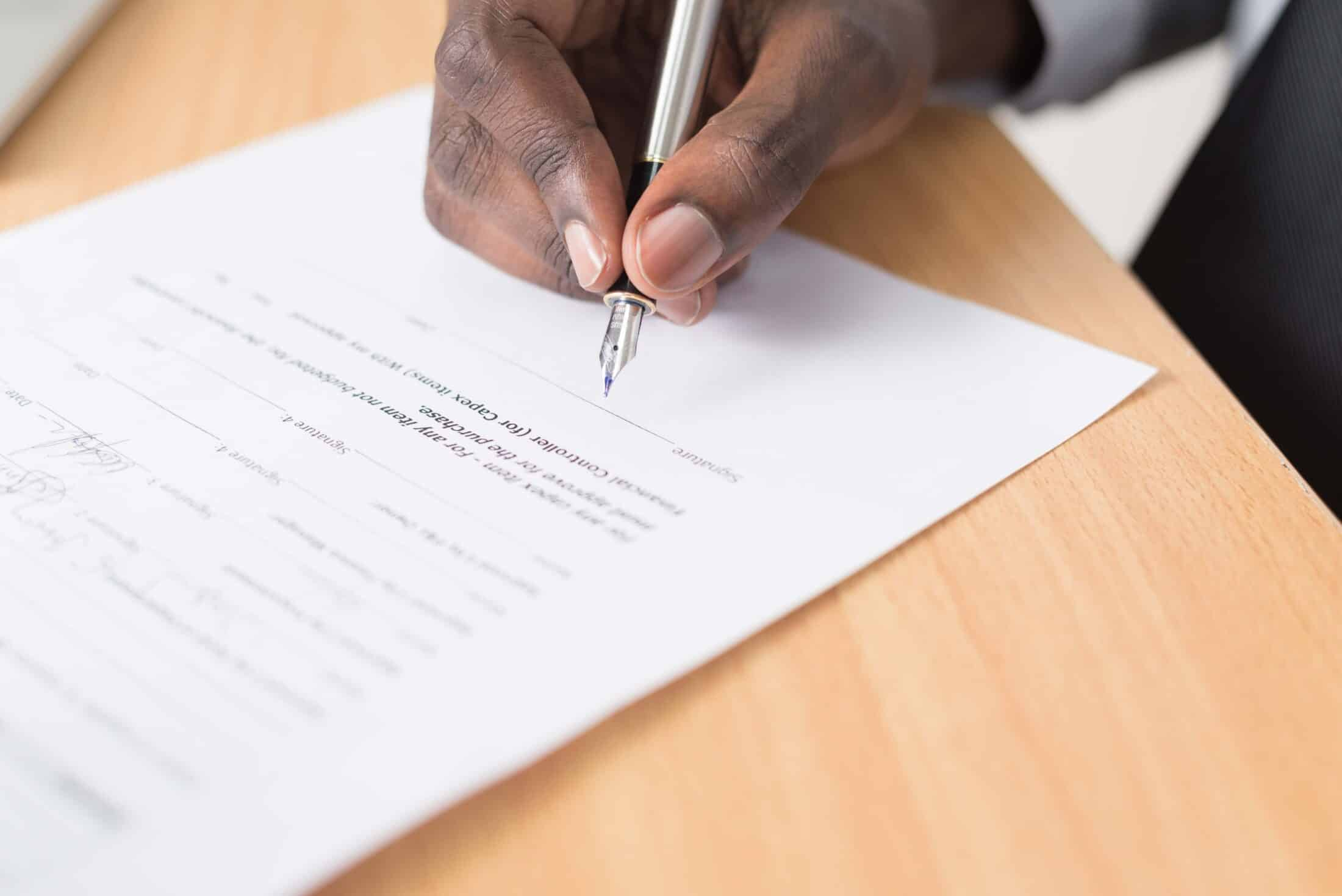 employment contract featured image
